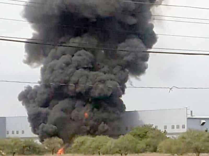 Fuego provoca daños materiales