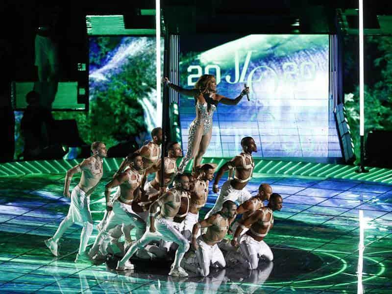 Performance Jennifer Lopez