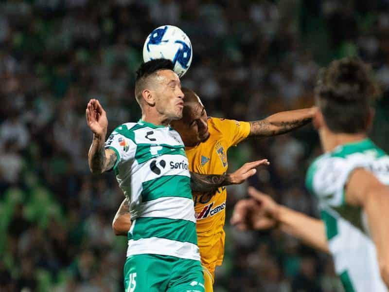 Lozano participó con asistencia para Lalo Aguirre.