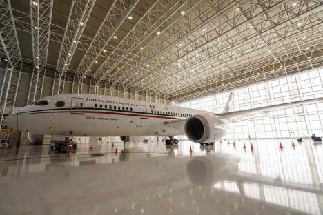 AMLO prevé dar boletos de rifa del avión a escuelas