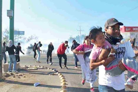 Ordena AMLO sancionar agresión contra normalistas