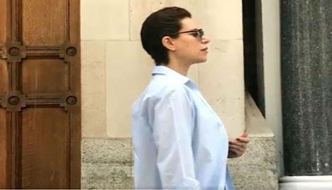 Se ampara Karime Macías para no ser detenida