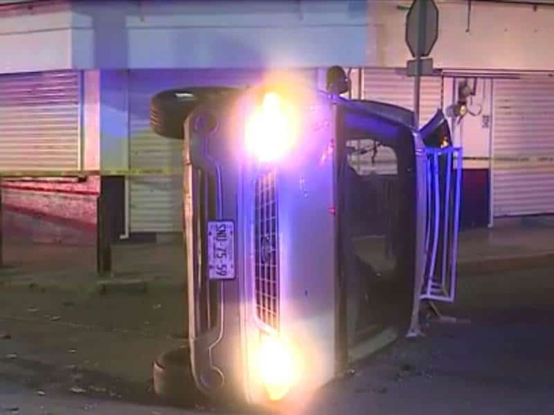 Los dos conductores resultaron heridos.