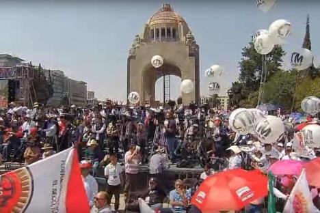 López Obrador encabeza Congreso y 84 Aniversario de la CTM