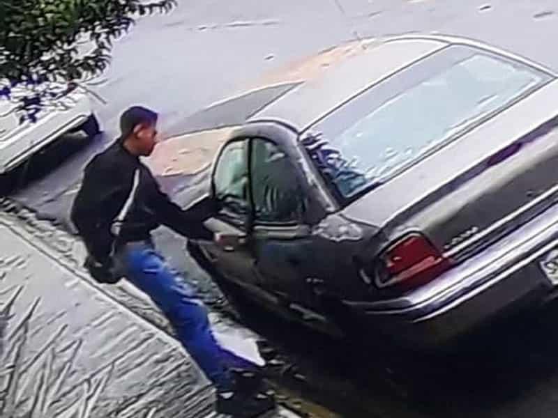 El detenido iba en un carro con reporte de robo y portaba un arma de fuego