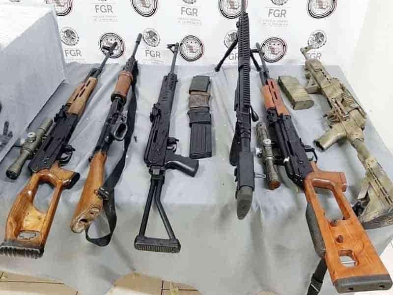 El cargamento de armas serían llevadas a Michoacán