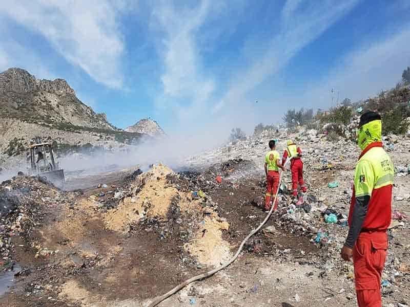 Protección Civil logro controlar el fuego que se registró en el relleno Sanitario de Galeana