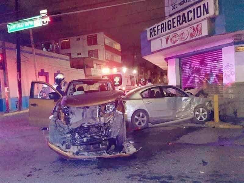 En el accidente resultaron dos personas lesionadas