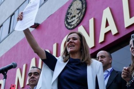 Zavala presenta solicitud de registro para México Libre