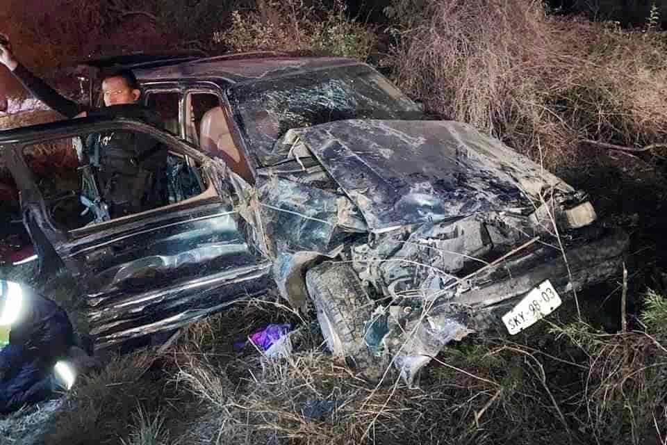 El aparatoso accidente dejó un saldo de dos lesionado y una persona sin vida