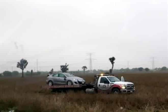 El condutor resutló con golpes leves despues de la volcadura