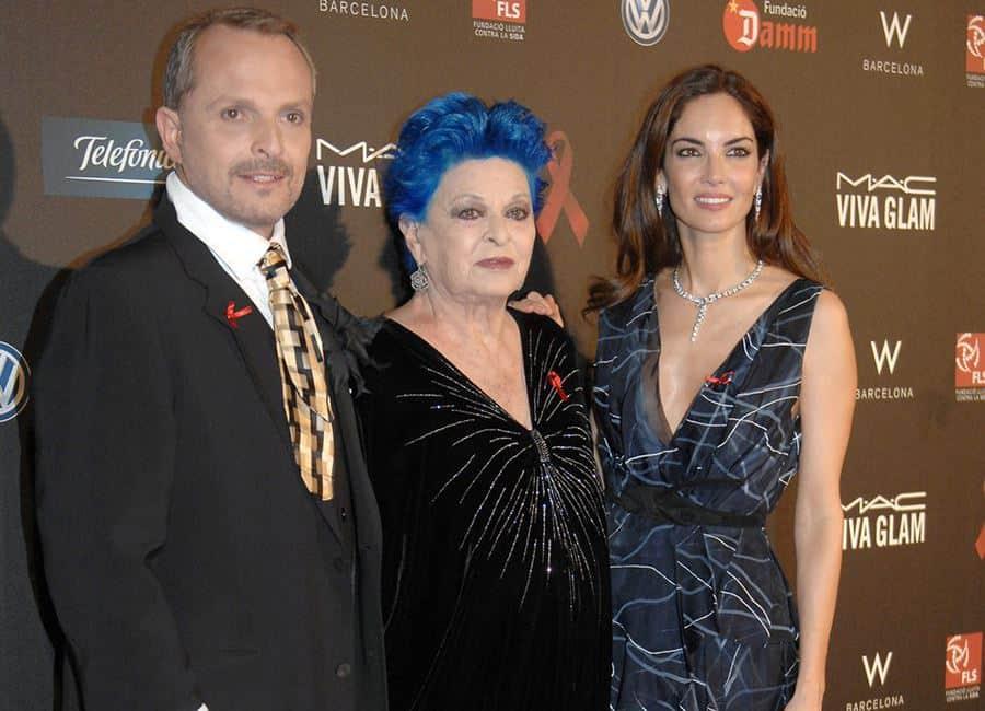 Lucía Bosé y dos de sus hijos
