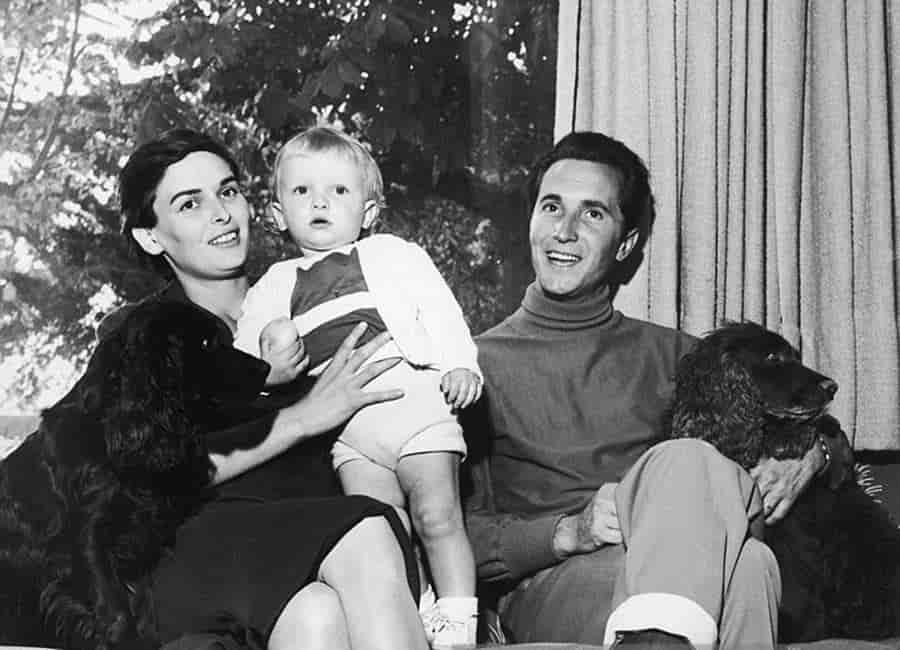 Lucía Bosé, su esposo y su primogénito