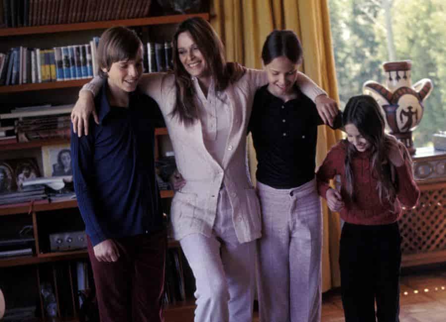 Lucía Bosé y sus 3 hijos