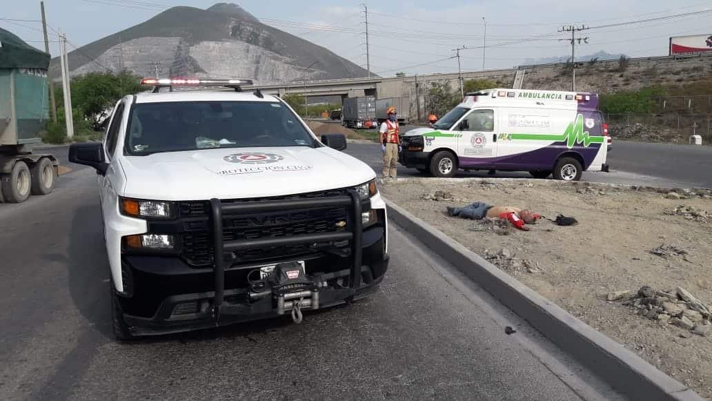 Murió al derrapar su moto en García
