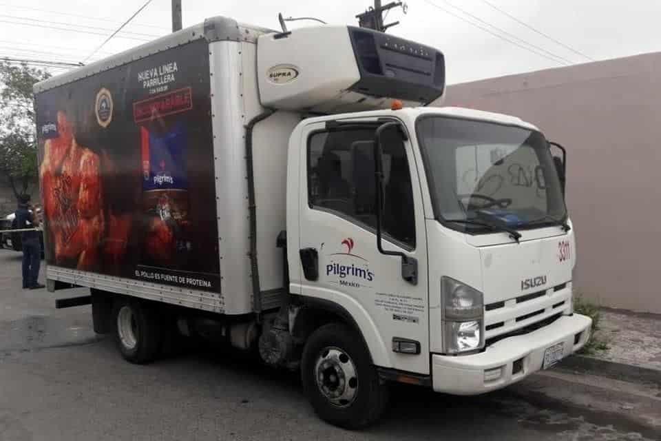 El camión cargado con varias toneladas de pollo había sido robado en el centro de Guadalupe