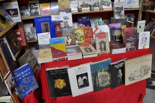 En riesgo, librerías y mercado educativo