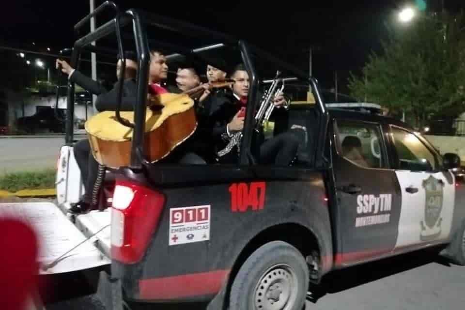 Los mariachis fueron detenidos la madrugada de ayer tras hacer caso omiso a la cuarentena decretada