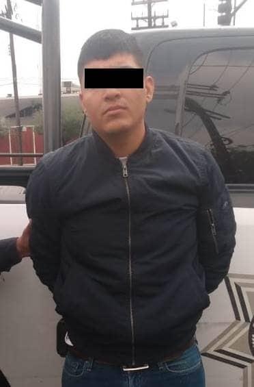 Viajaba a bordo de una camioneta que tenía reporte de robo