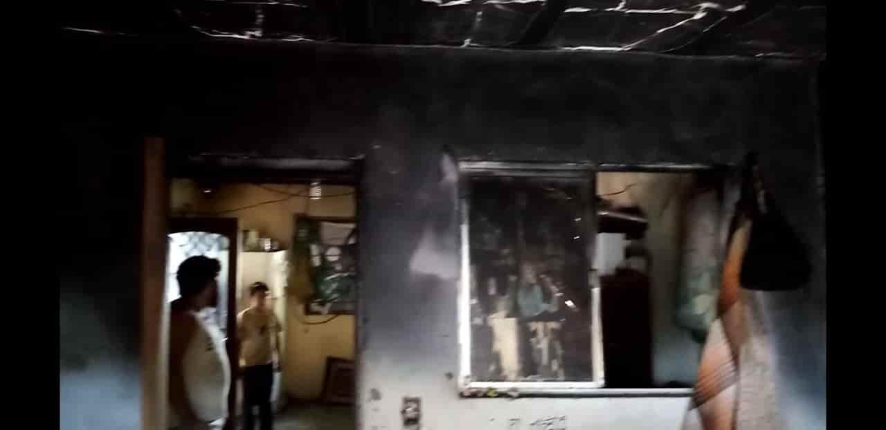 El incendio dejó a una pareja de adultos mayores lesionados, y cuantiosos daños materiales