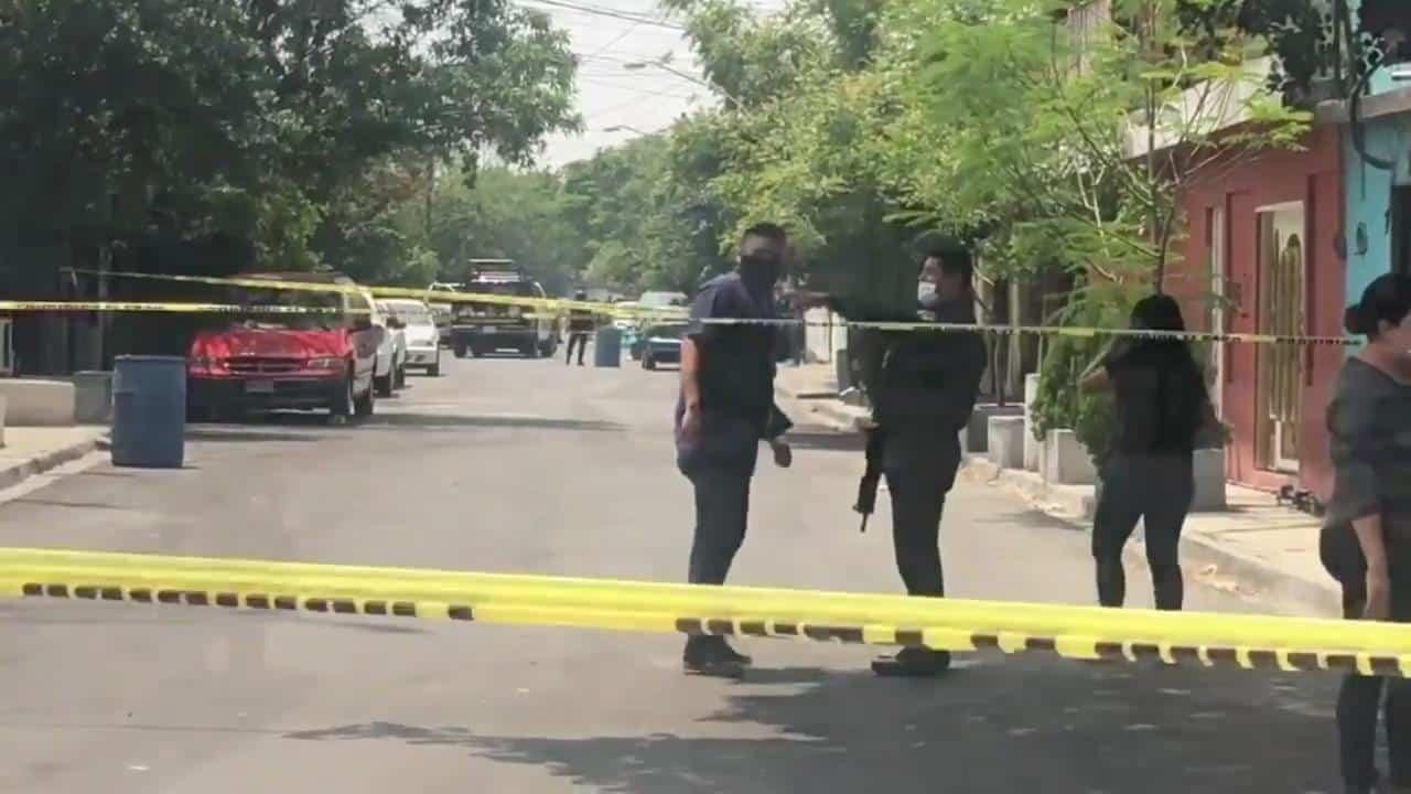 El comando armado ejecutó a dos hombres y dejó a otros dos con lesiones graves