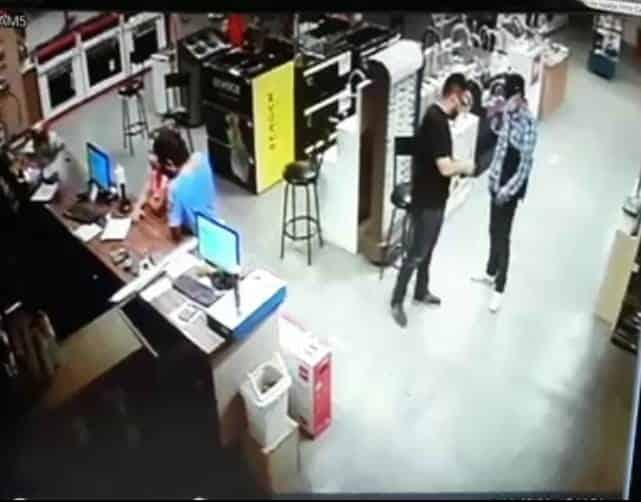 Lo arrestaron luego que asaltó a balazos una tienda en la Colonia Niño Artillero