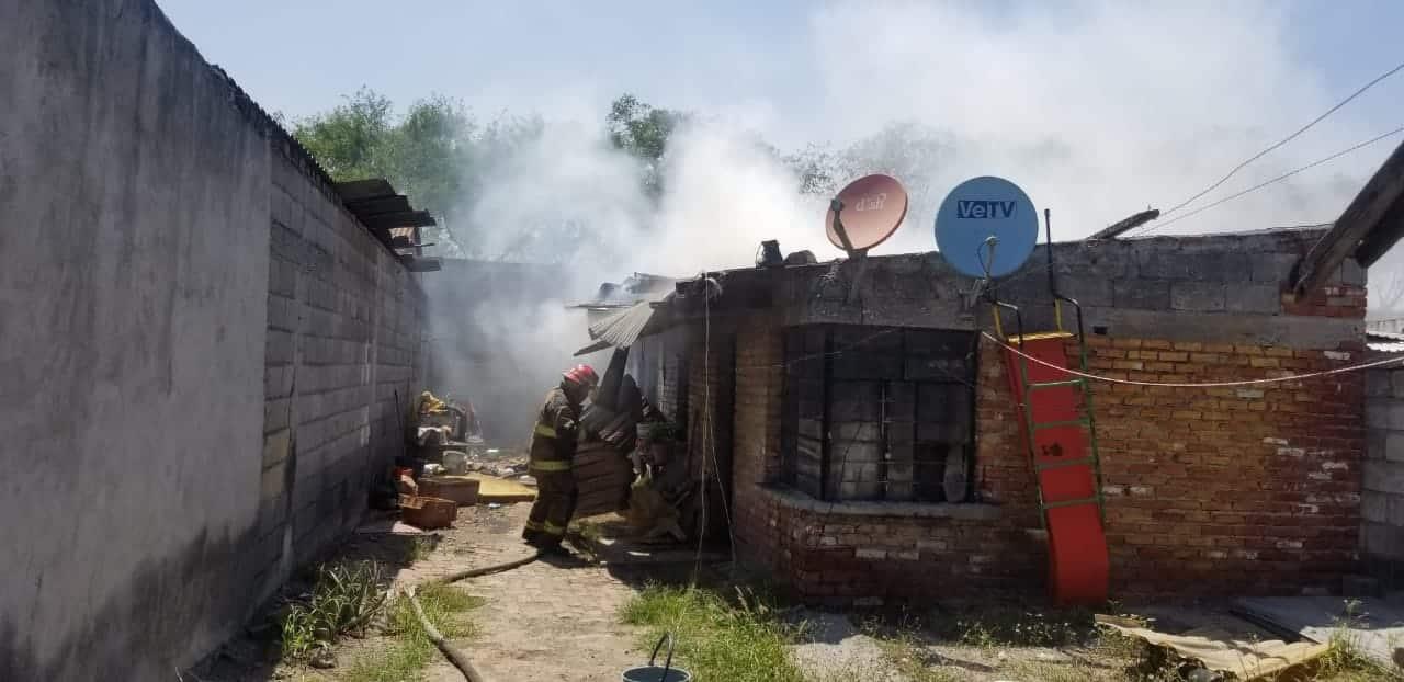 El incendio se registró en un domicilio en la Mariano Escobedo