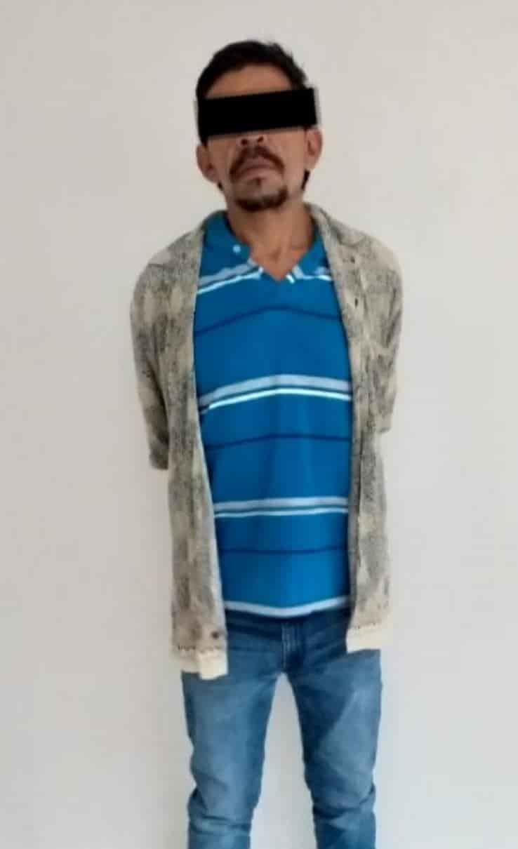 Fue interceptado por empleados de seguridad del local y entregado a efectivos de la Policías de Guadalupe