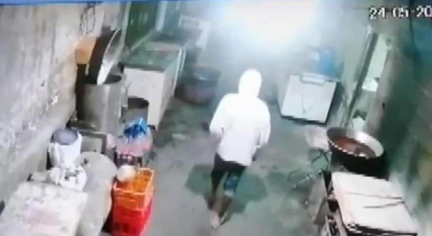 Estuvieron a punto de linchar al delincuente que ingreso a robar a un taller mecánico