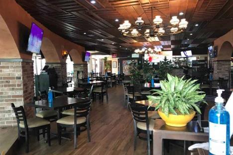 Reactivan parques y restaurantes en San Pedro