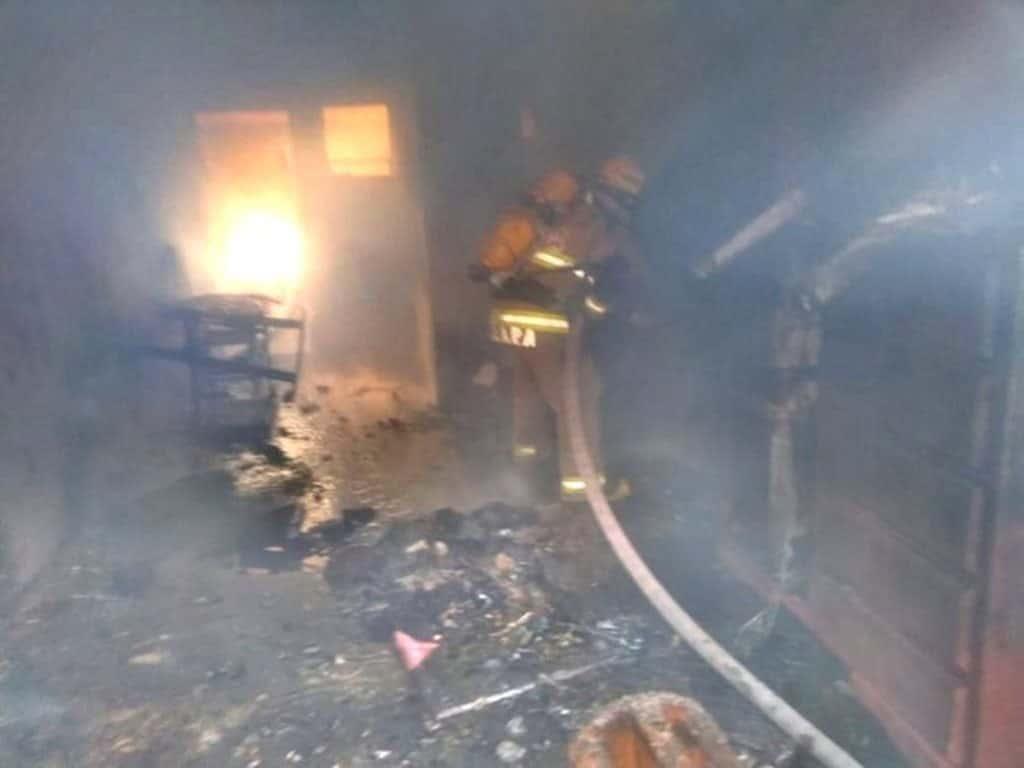Se reportó el incendio de una vivienda debido a un corto circuito