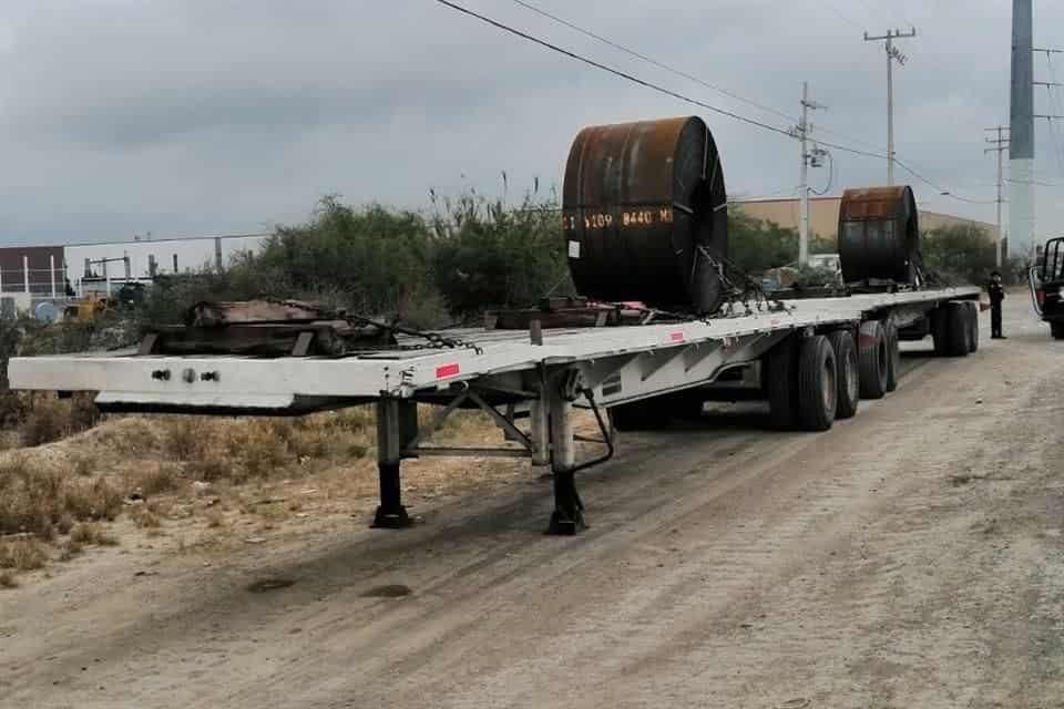Lograron recuperar el tráiler cargado con 40 toneladas de rollos de acero, que había sido robado en San Nicolás