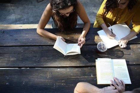 Pierden contacto alumnos de educación media superior