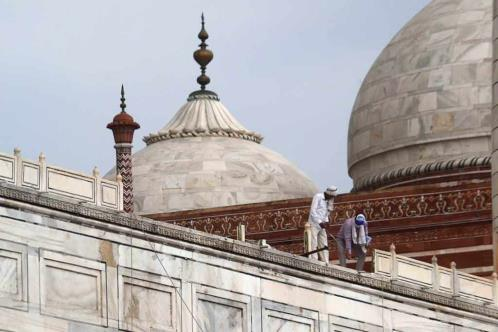 Daña tormenta partes del Taj Mahal
