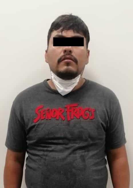 Lo arrestaron tras ocasionarle daños al vehículo de su pareja, con quien estaba discutiendo