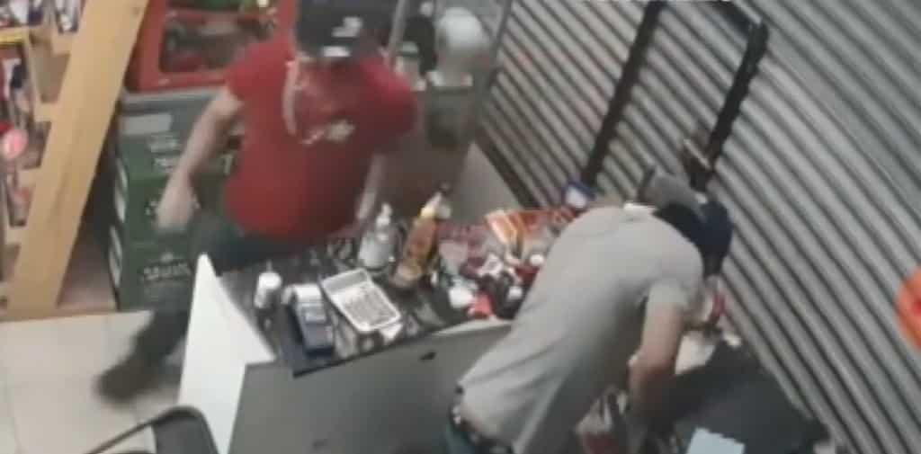 Los ladrones se apoderaron de más de 60 mil pesos en mercancía