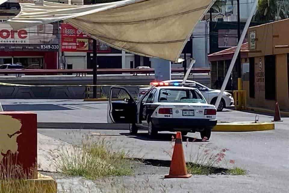 Al ser perseguidos luego de robar un Oxxo Gas, dispararon contra una unidad de la Policía de Barrio
