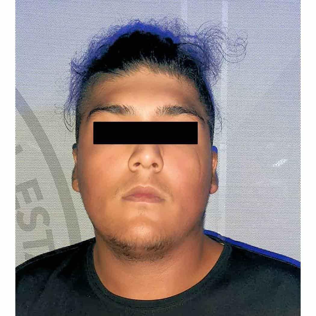 Intentó robar unas lonas de un puesto de tacos, donde amenazó al encargado con un cuchillo tras ser descubierto