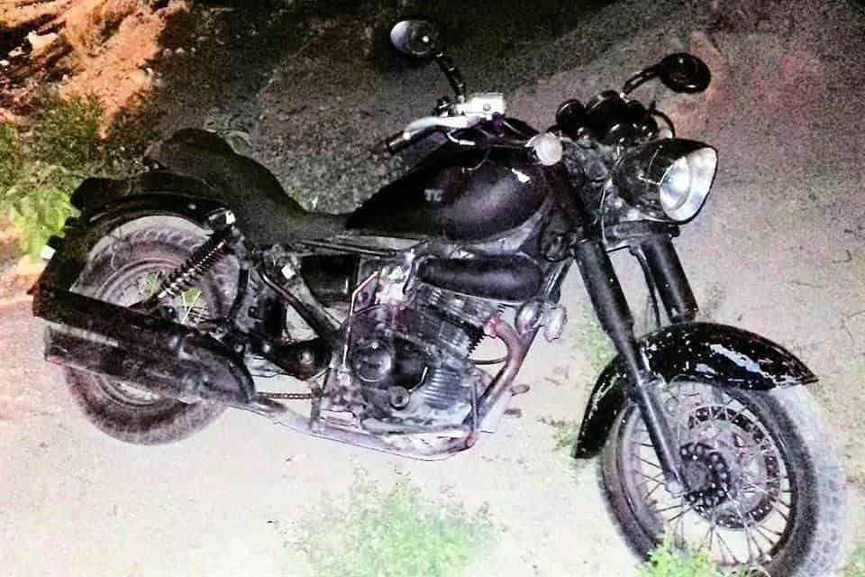 La pareja viajaba a bordo de una motocicleta con reporte de robo