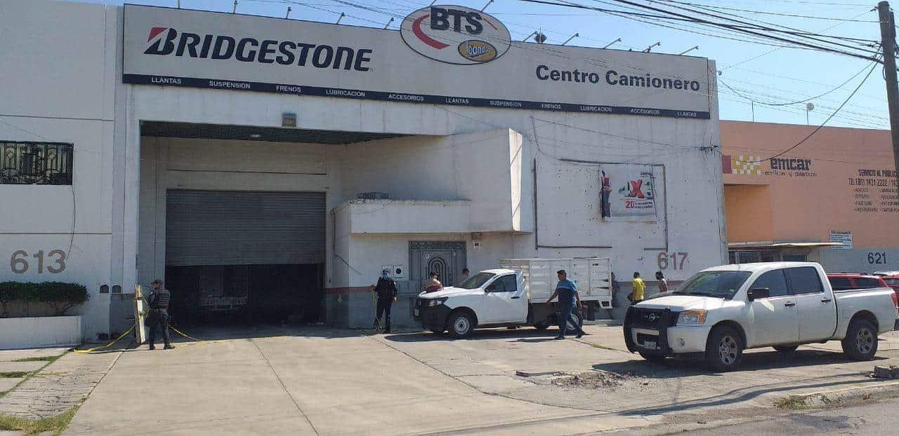 Los ladrones se llevaron un monto de 35 mil pesos en efectivo y 270 llantas