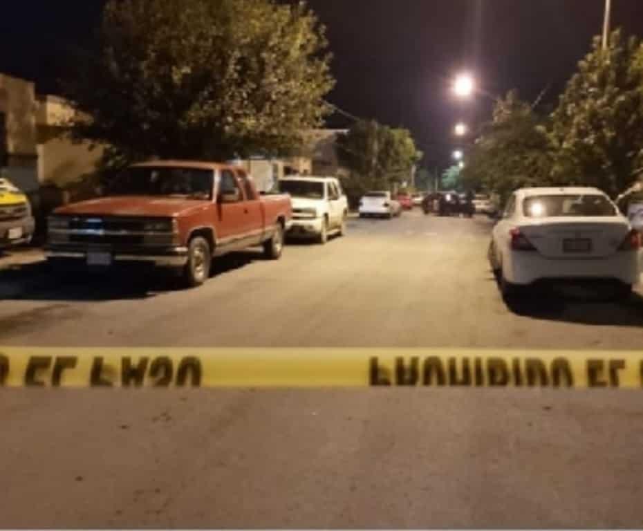 El responsable alcanzó a disparar en dos ocasiones, pero el ama de casa logró evitar que hiciera blanco en el cuerpo de la víctima