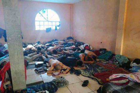Asesina grupo armado a 24 jóvenes en Irapuato