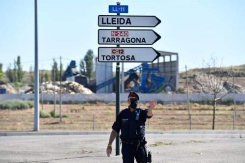 Ordenan nuevos confinamientos en España tras rebrotes