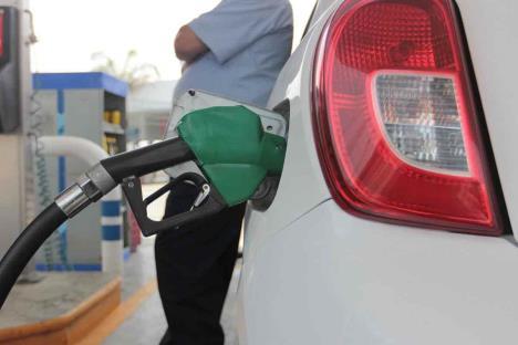 Alza en gasolinas impulsa inflación a 3.33% en junio
