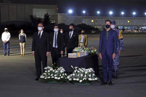 Reciben como héroes restos de 245 paisanos