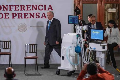 Presentan dos modelos de ventiladores mexicanos