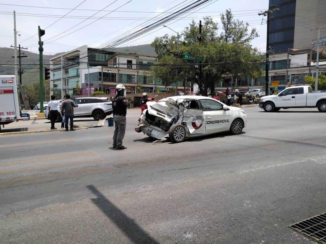 El estrellamiento se registró en la Avenida Gómez Morín
