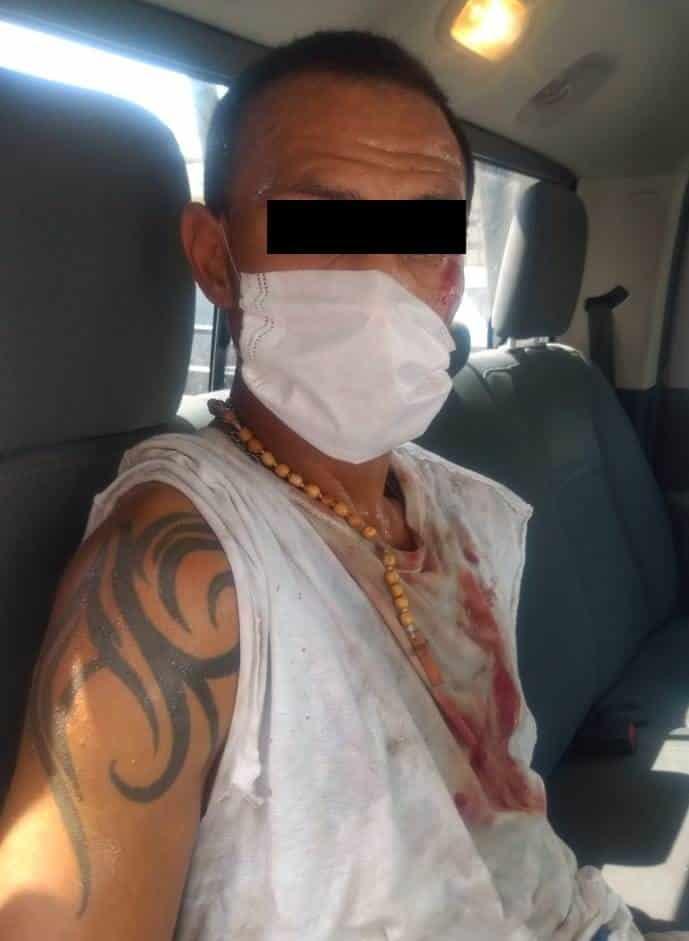 Conducía un vehículo taxi con reporte de robo con violencia