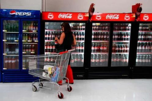 Piden frenar prohibición a refrescos