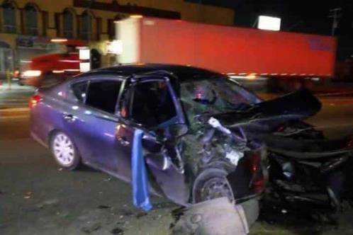 Muere conductor en choque contra tráiler